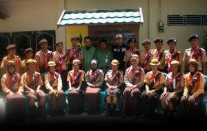 Kontingen Kobar berfoto bersama dgn Waka Kwarcab dan Unsur Andalan Cabang
